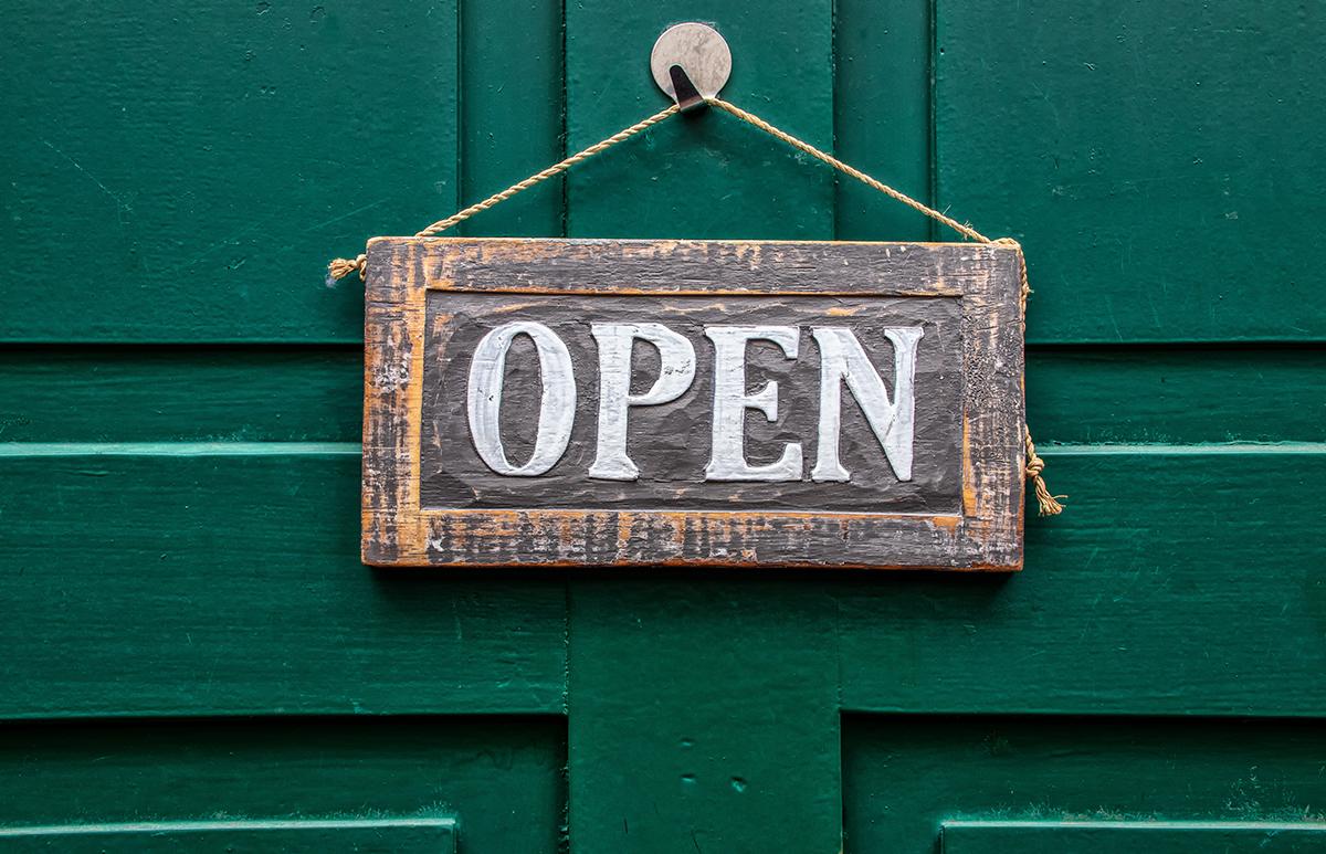 obchod-otvorene-tabulka